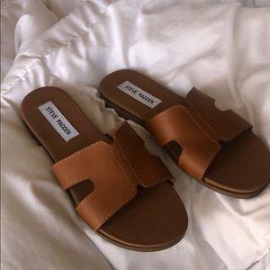 Women STEVE MADDEN sandals size 6